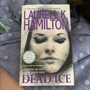 """Dead Ice"" by Laurell K Hamilton"